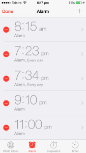 set iphone alarm